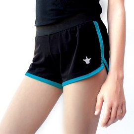 Shorts with turquoise ending