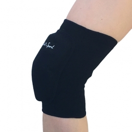 Knee pads with a hard pad